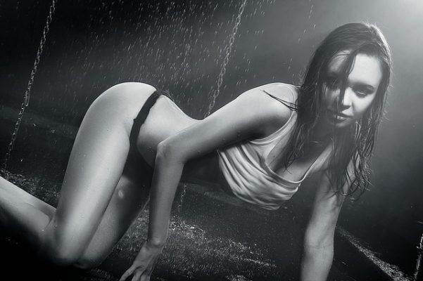 posicones sexuales donde la mujer tiene el control